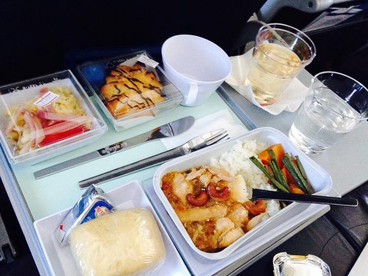 авиакомпания Эйр Астана еда на борту