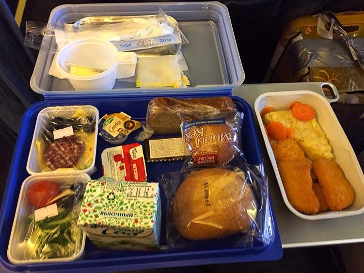 авиакомпания Алроса еда на борту